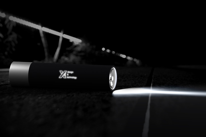 F10 - Flashlight 2500 mAh